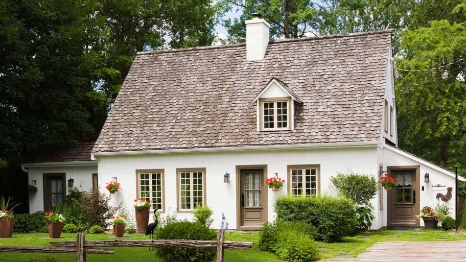 Wood shingles on country house (Photo by Perry Mastrovito / Image Source via Getty Images)