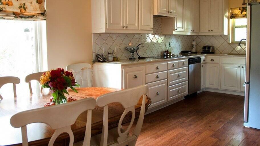5 Tips To Brighten A Dark Kitchen Angi Angie S List