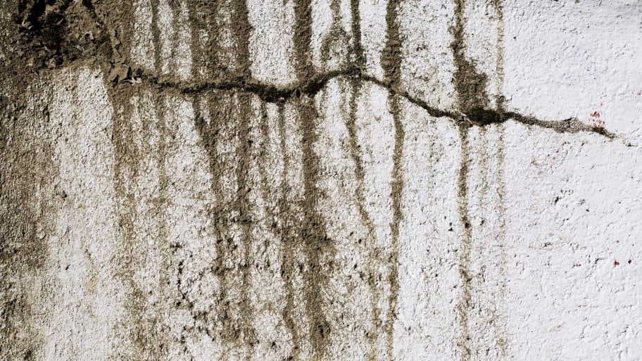 foundation cracks